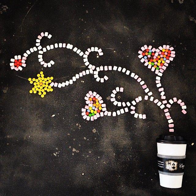 Ξεκίνα τη μέρα σου με ενα Candy Witch ή μια Bουτυρομπύρα Latte Espresso και δώσε στη διάθεση σου τη γεύση που εσυ θέλεις!