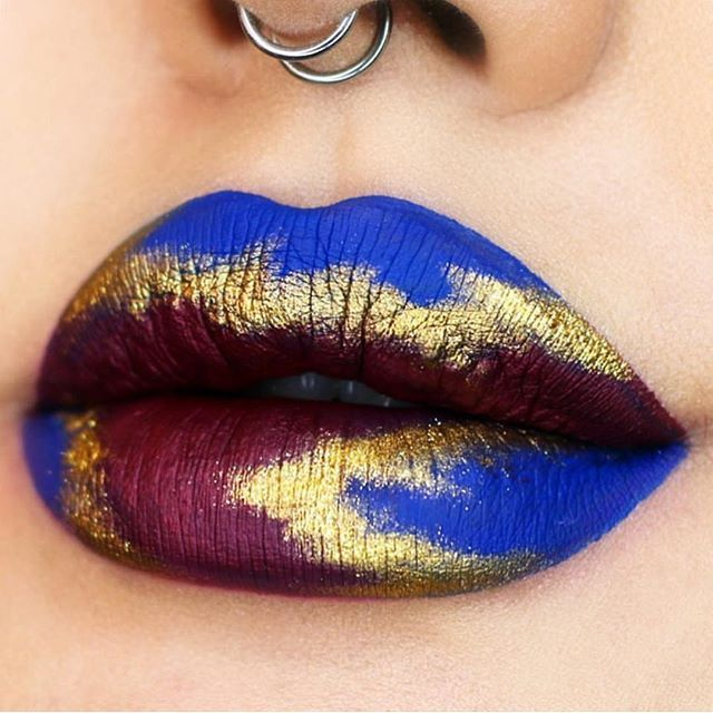 What gorgeous lip art by @naye0na using #sugarpill Goldilux loose eyeshadow!