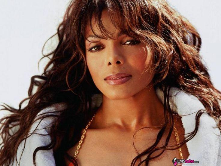 Janet Damita Jo Jackson, née le 16 mai 1966 à Gary dans l'Indiana, est une chanteuse pop afro-américaine et actrice de cinéma.