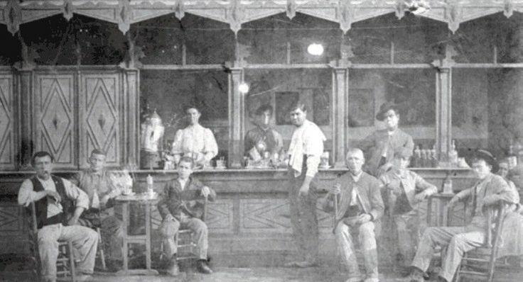 Dos hermanas bar en la antigua plaza de abastos que existi en parte de lo que hoy es plaza de - Polveros en dos hermanas ...