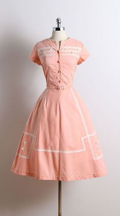Apricot vintage 1950's cotton day dress from Mill Street Vintage