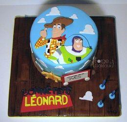 Toys story Birthday Cake - La Forge à Gâteaux #ToysStoryCake #Woody #Buzz www.laforgeagateaux.com
