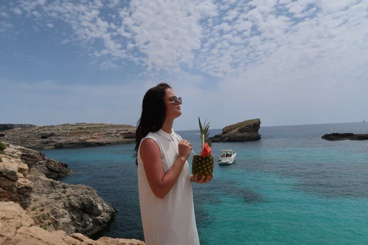 A good pineapple on a beautiful island 💛🍍🇲🇹