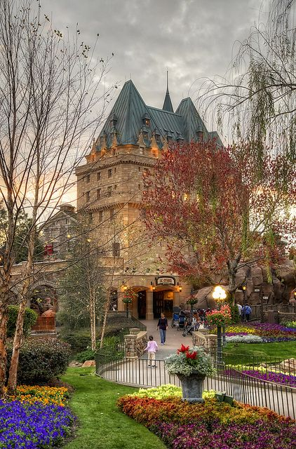Empress Hotel and grounds, Victoria, BC, Canada | Visit www.victoriaprime... for a great place to stay while taking in the beauty