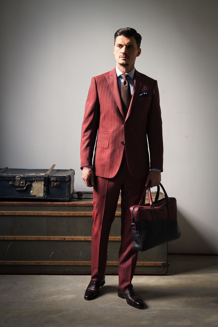 Discover the HUMBERT CHECK  suit