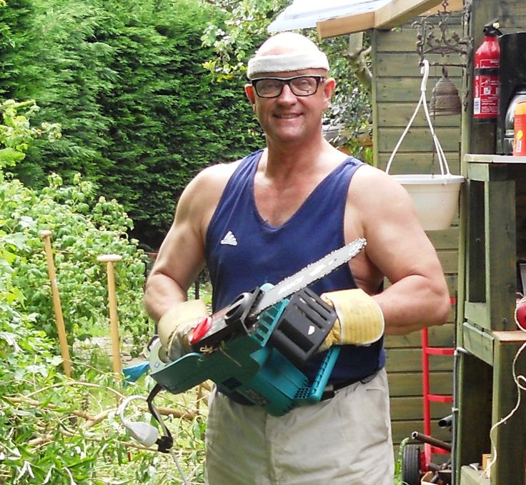 Me in the garden.... buzzy with wood...