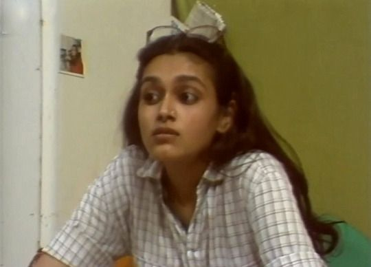 "Supriya Pathak in ""Idhar Udhar"" (dir. Anand Mahendroo, 1985)"