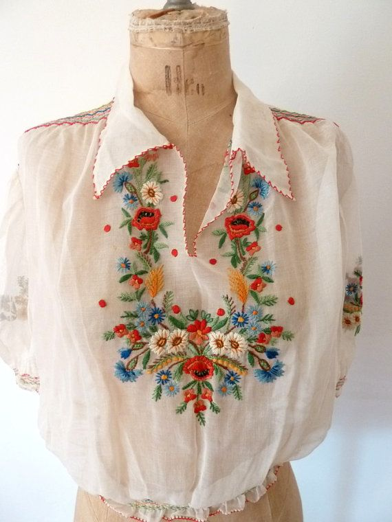 1930s hand embroidered top. pretty boho gypsy, folk floral embroidered peasnt blouse top frida style