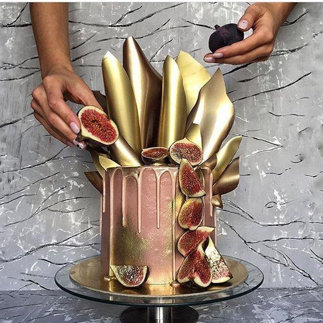 😍by @ronya_belova #cake