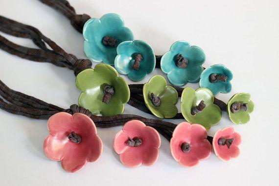 Bos groene ketting met keramische bloem Hippie sieraden