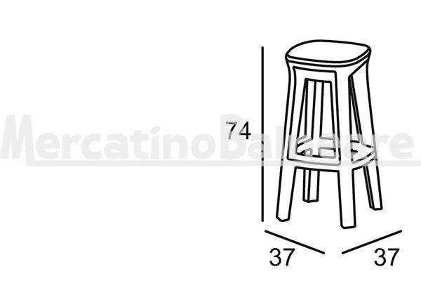 Frozen square stool, sgabello a quattro gambe - Mercatino Balneare Versione a quattro gambe dello sgabello Frozen. Stabile e solido sui quattro appoggi è un bilanciato gioco di equilibri tra forme morbide e nette sfaccettature. Sgabello da bar adatto sia all'indoor che all'outdoor. Può essere accostato a tavoli alti e banconi bar. Disponibile in diversi colori, quali: bianco, sabbia, cenere, golden rust, blu notte, verde salvia e nero perla. Dimensioni: 37 x 37