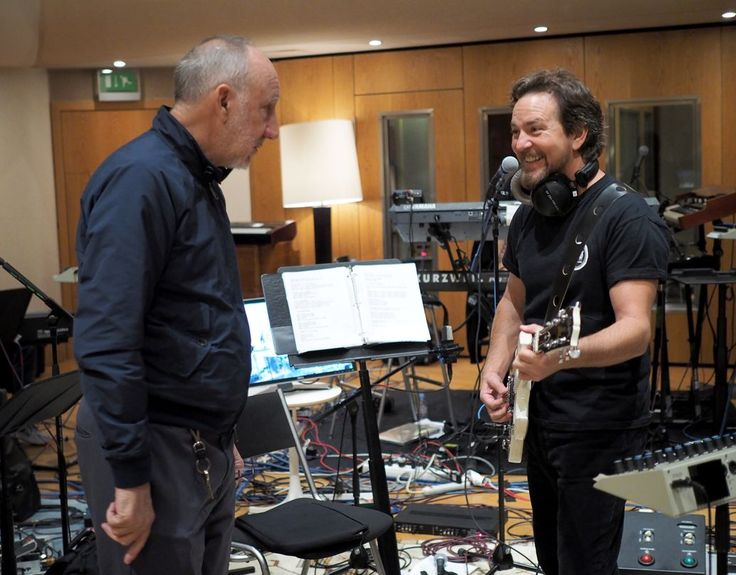 Pete Townshend, Eddie Vedder to Celebrate the Who at Cancer Benefit