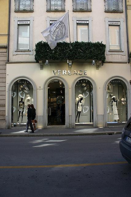 Versace @ Via Montenapoleone