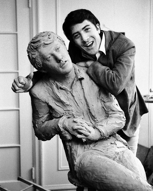 Dustin Hoffman and a statue of himself.