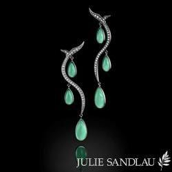 Julie Sandlau øreringe i sort rhodineret sølv - grønne krystaller - hvide zirkoner