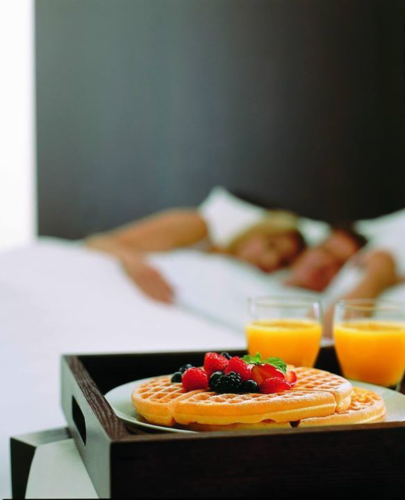 Great nights are followed up by better mornings at #HyattPlace. (Hint: complimentary breakfast)