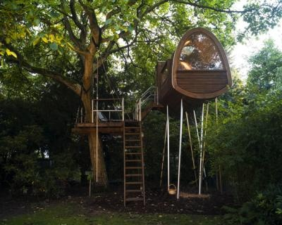 Nut House (Dusseldorf, Germany)