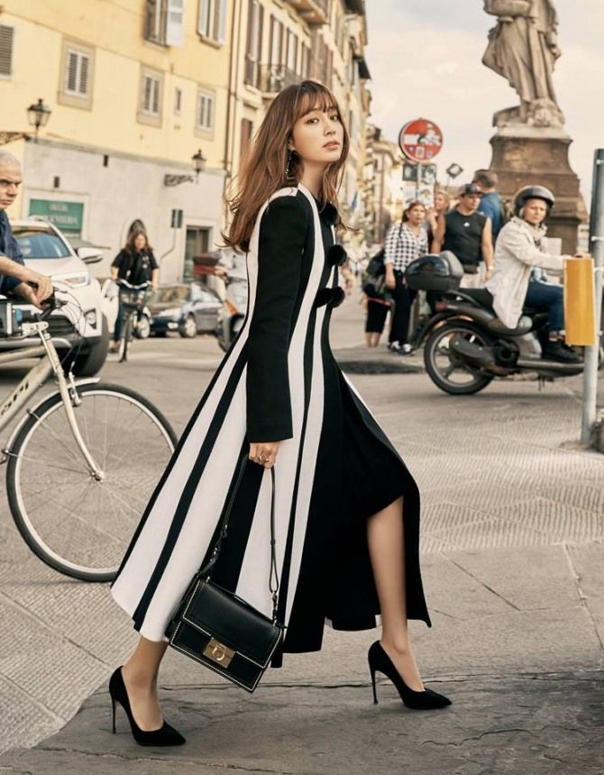 Lee Min Jung Rocks Ferragamo in 'Grazia' Photoshoot | Koogle TV