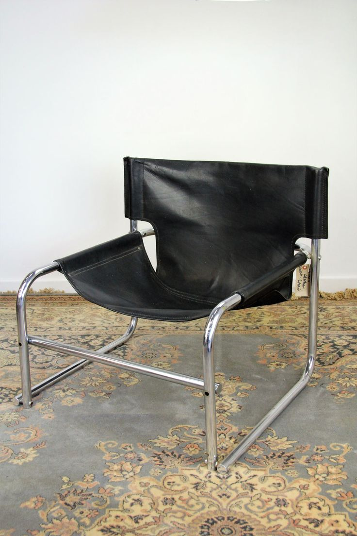 Best 25 Black leather chair ideas on Pinterest Bachelor  : d6629f44566bf48197da20a874d685b2 black leather chair leather chairs from www.pinterest.com size 736 x 1104 jpeg 103kB