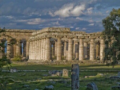 Paestum temple of hera greek ruins datimg back to 550bc near salerno italy