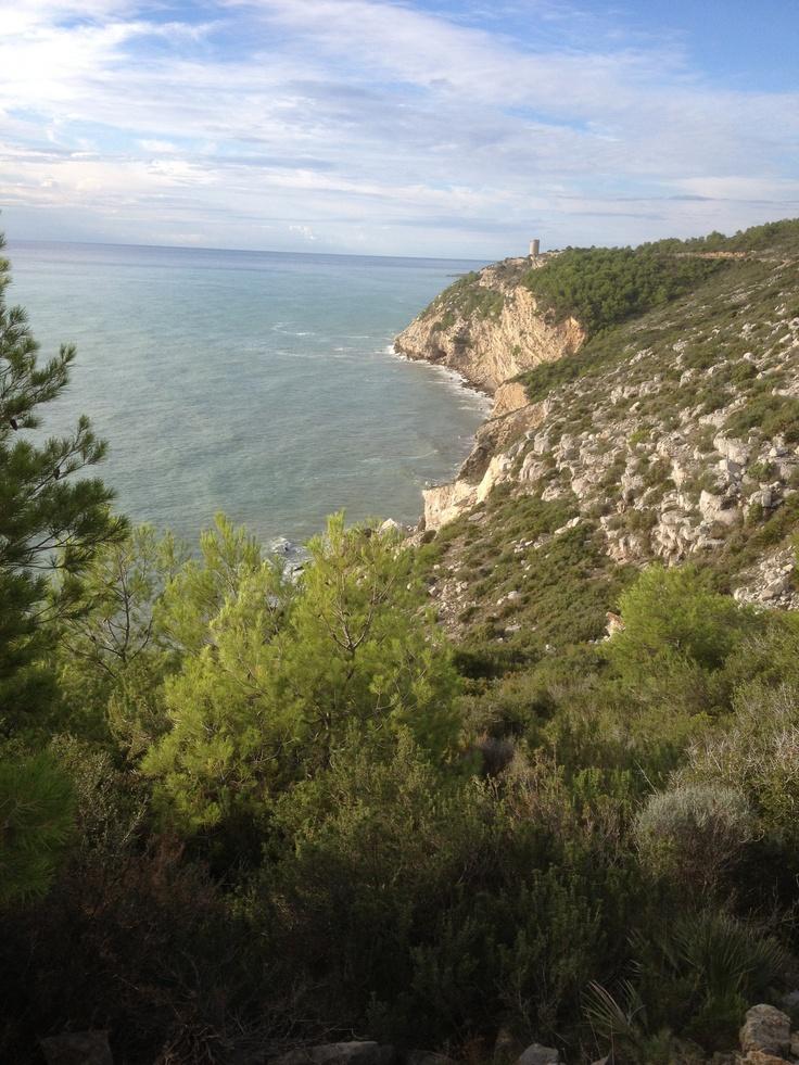 Ruta senderista junto al mar por el PN de la Sierra de Irta en Peñíscola