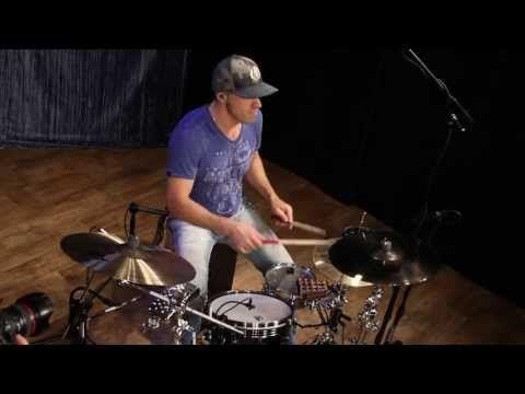 (407) Van Romaine - Drum-Set vs Percussion Kit (1) - YouTube