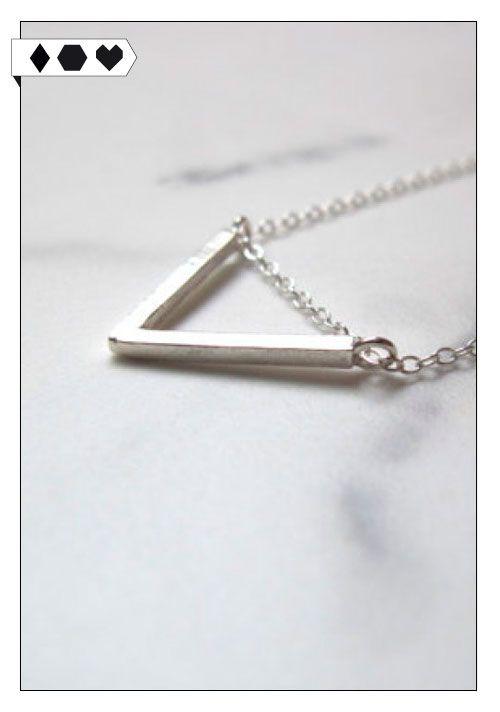 Dreiecks-Kette (Luva Huva): Aus 100% recyceltem Sterling Silber. VEGAN/ECO/SOCIAL/*ca.49€*