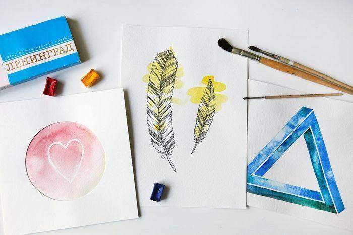 Мы выбрали три идеи простых акварельных постеров и попытались их воплотить. Делимся опытом.
