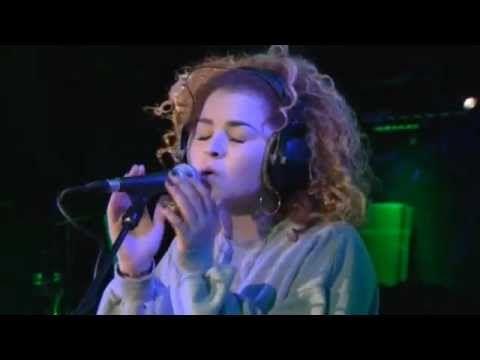 "Rudimental - ""Waiting All Night"" ft. Ella Eyre (BBC Radio 1 Live Lounge)"
