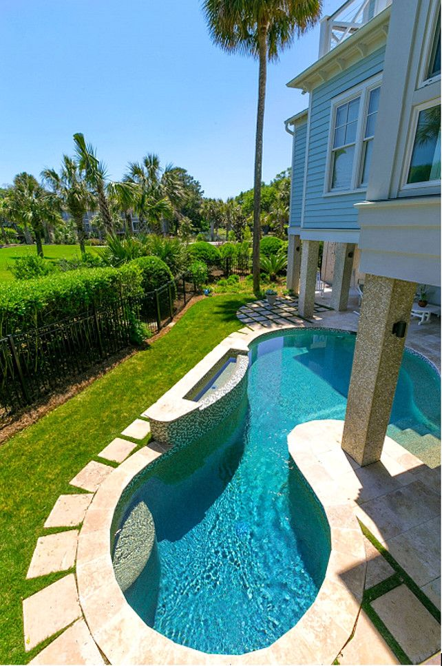 Small Backyard Pools Design Ideas