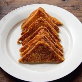 Dutch style french toast;  these 'wentelteefjes' are covered with cinnamon sugar.