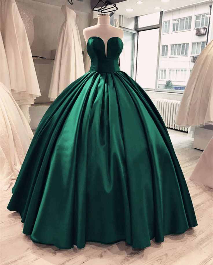 Emerald Green Burgundy Satin Sweetheart Prom Dresses Ball Gowns 2018 Quinceanera Dresses