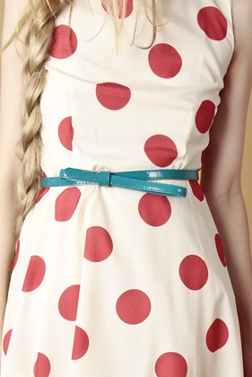 : Colors Combos, Dots Dresses, Fashion Shoes, Polka Dots, Skinny Belts, Girls Fashion, Girls Shoes, The Dots, Summer Clothing
