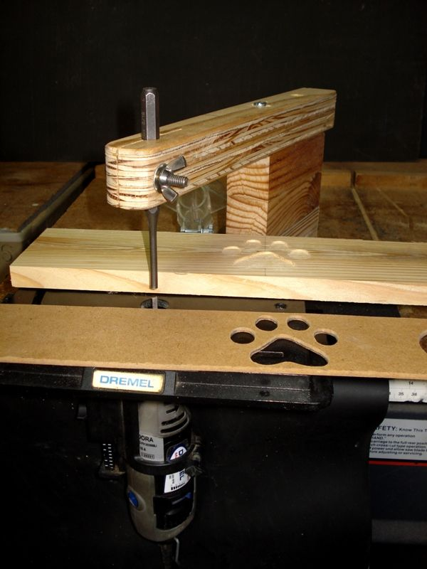 Pin router with Dremel