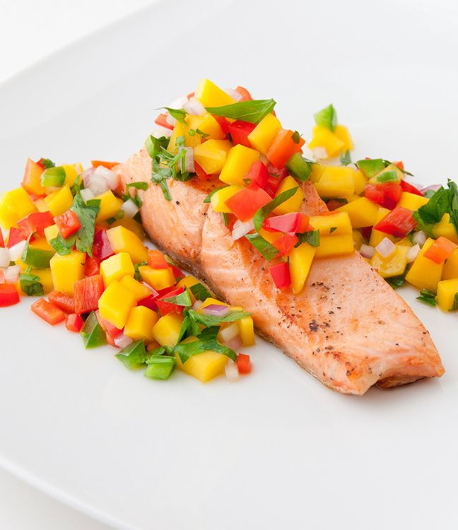 Grilled Salmon with Spicy Tropical Salsa