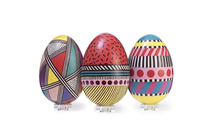 Best Luxury Easter Eggs 2017 http://www.vogue.co.uk/gallery/best-luxury-easter-eggs-2017?utm_campaign=crowdfire&utm_content=crowdfire&utm_medium=social&utm_source=pinterest