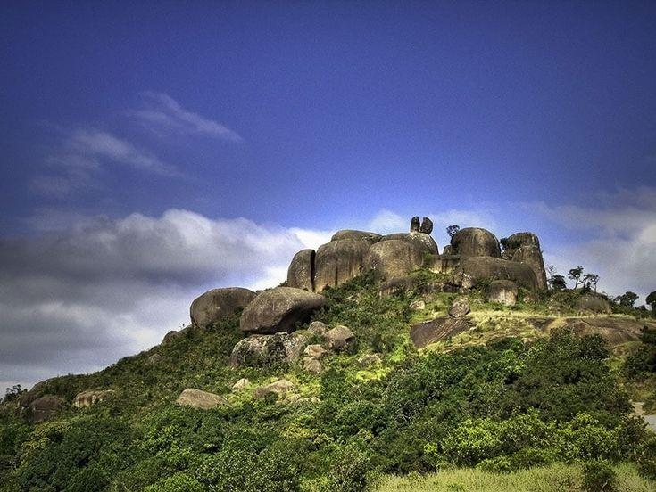 A Pedra Grande Atibaia é um dos pontos turísticos da cidade de Atibaia. A Pedra Grande Atibaia é muito movimentada devido a sua beleza e fácil acesso.