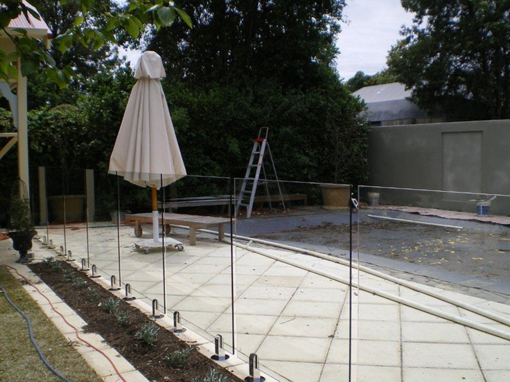 1000 Ideas About Glass Fence On Pinterest Glass Deck