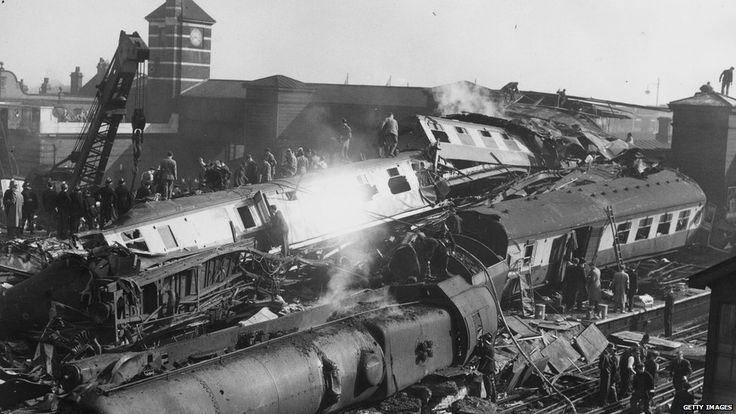 October 8,1952 – The Harrow and Wealdstone rail crash kills 112 people.