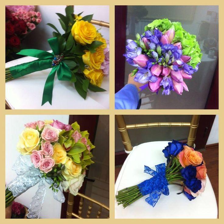 #blueroses #blueflowers #bridalbouqet #bluewedding #magentaevents #nunta #iasi #orchid #yellowandgreen #romantic #emerald #boldcolours #perfectpallette