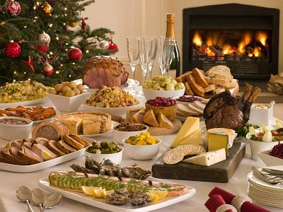 How To Make Christmas Buffet Recipes Christmas Buffet Tablescape
