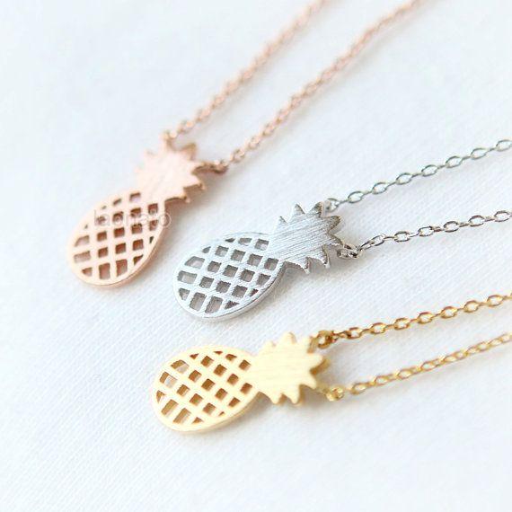 Pineapple Necklace / fruit necklace choose your color por laonato