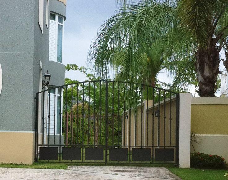 Rejas modernas y rejas de seguridad para ventanas que brindan elegancia y seguridad al mejor precio.