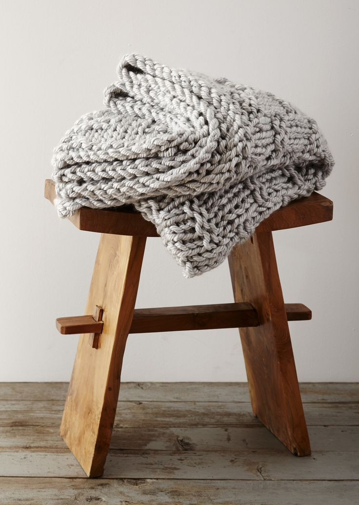 There's nothing better than curling up with a big chunky blanket. #knit #blanket #yarn