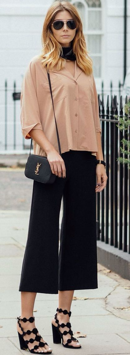 Fall Street Styles, Fashion Street Styles, Fashion Trends, Black Cropped  Pants, Button Up, Sandal, Saints, Cold Weather, Hair Styles