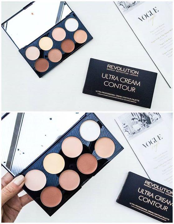 Unul dintre marile trenduri in materie de makeup este conturarea fetei. Ai vazut noua paleta pentru contur? Este super cremoasa!!  <3  http://truse-machiaj.ro/contur/ultra-cream-contour-palette-make-up-revolution #makeup #makeupforever  #makeupaddict #makeupoftheday #makeuplover #makeover #makeupgirl #smokeyeyes #eyesmakeup #animemakeup #lipstick #eyemakeup