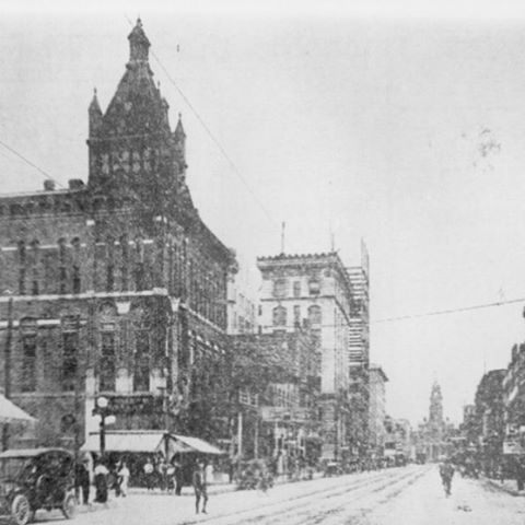 Main Street snow. Unknown date. #fortworth #texas #mainstreet #snow #1900s #vintagephoto #blackandwhitephoto #panthercity