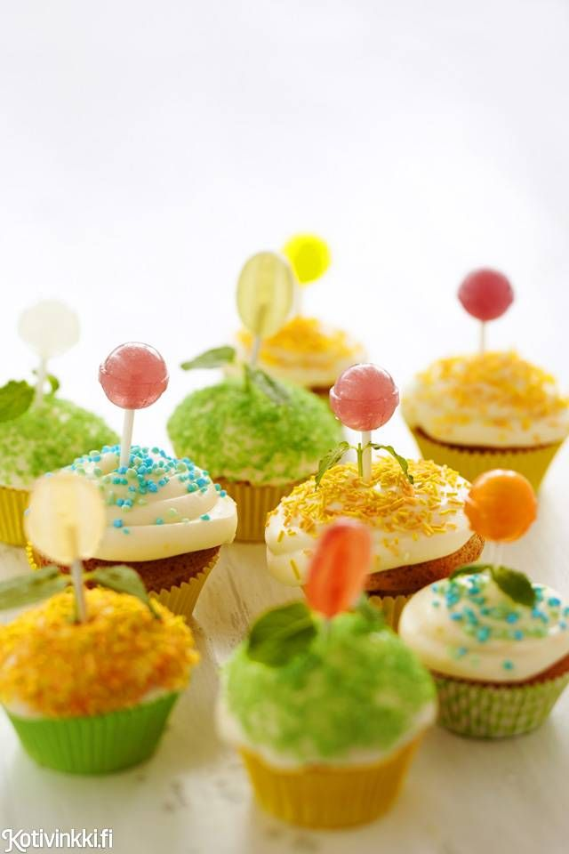 Kukkamuffinit / Flower muffins #birthdayparty #childrensparty #cupcake #muffin