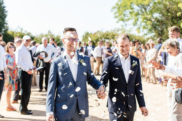 A confetti shot is an essential photograph at every wedding celebration - www.weddingconcepts.co.za