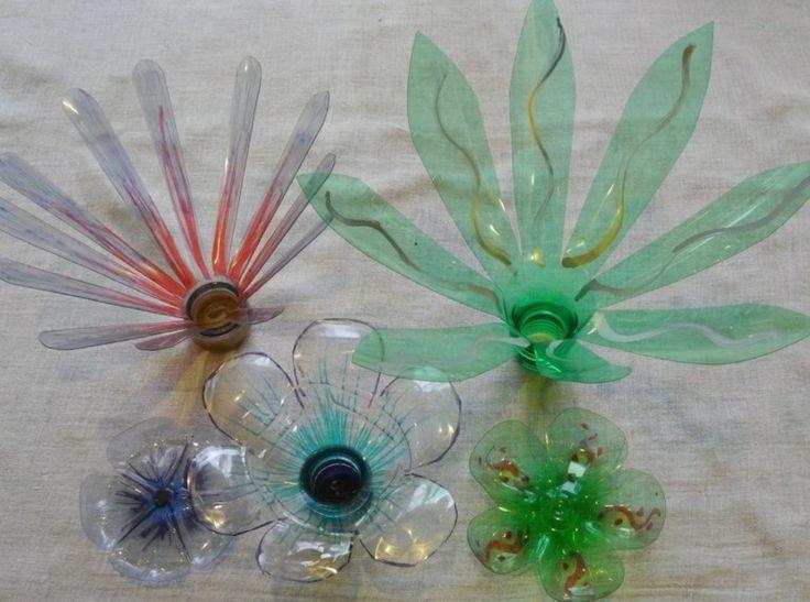 M s de 25 ideas fant sticas sobre flores de botella de for Plantas decorativas de plastico